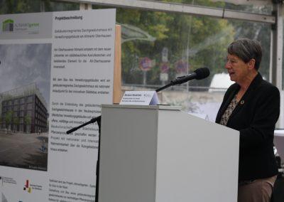 Bundesumweltministerin Barbara Hendricks kam zur Grundsteinlegung nach Oberhausen.